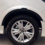 คิ้วล้อ Toyota Innova Crysta