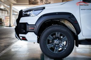ชุดแต่งรอบคัน Toyota Revo 2020 Prerunner ทรง Vazooma-X